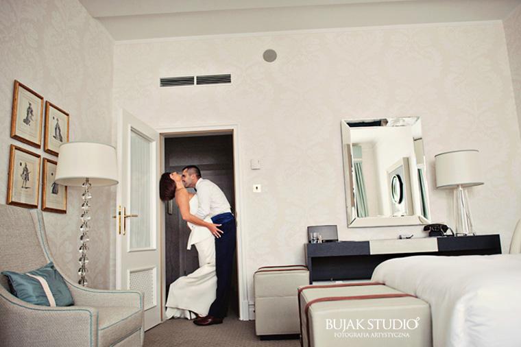 plener ślubny w hotelu