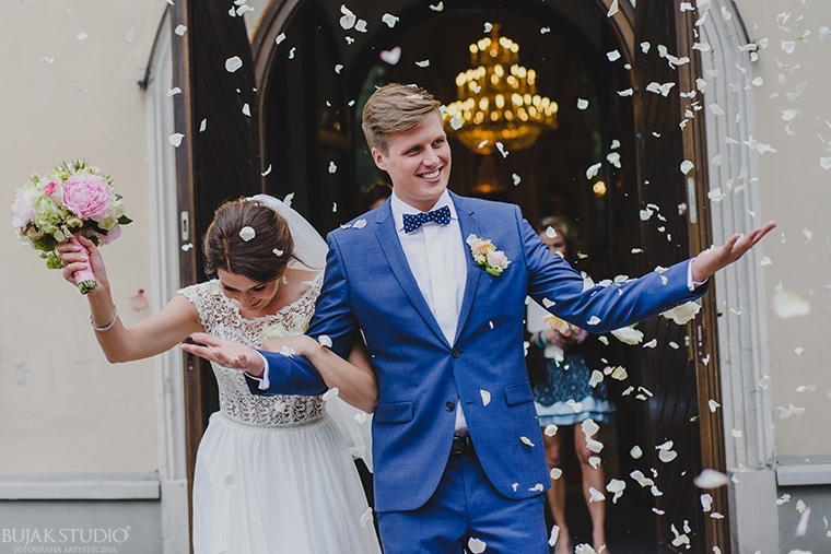 piękna sukna ślubna
